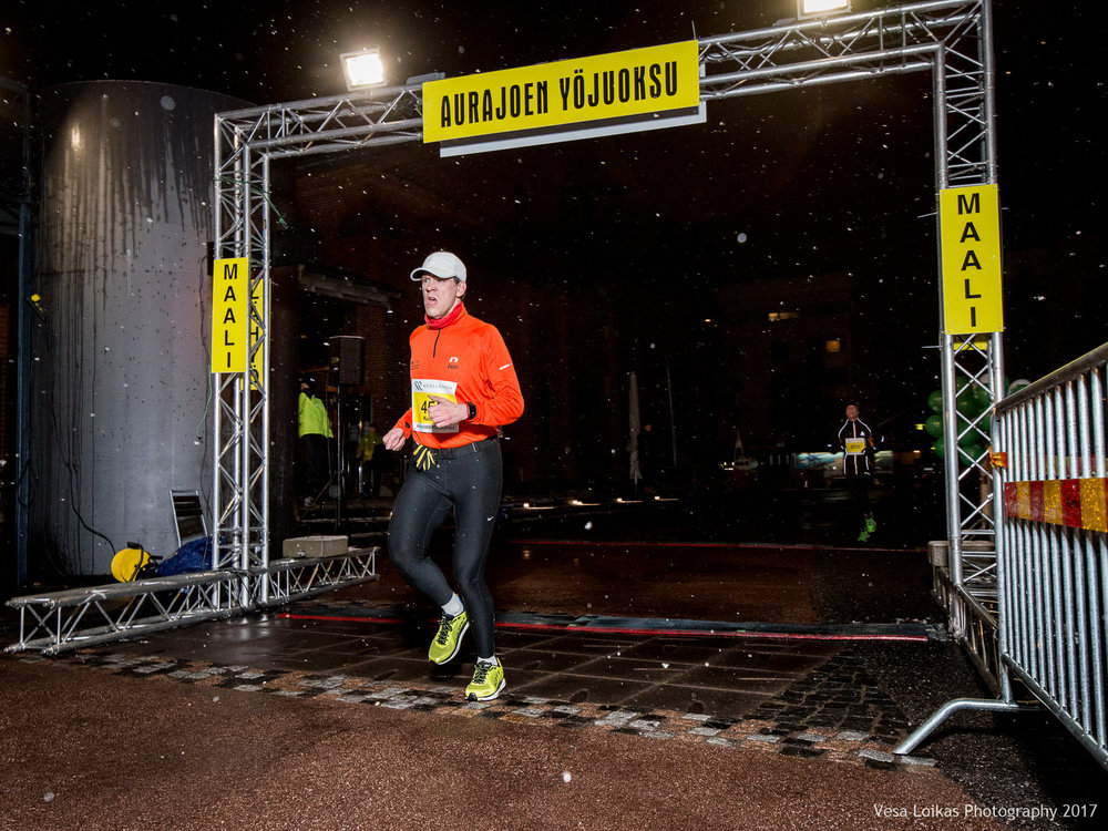 079_Aurajoen_Yojuoksu-2017_FINISH_photo_VESA_LOIKAS_PHOTOGRAPHY.jpg