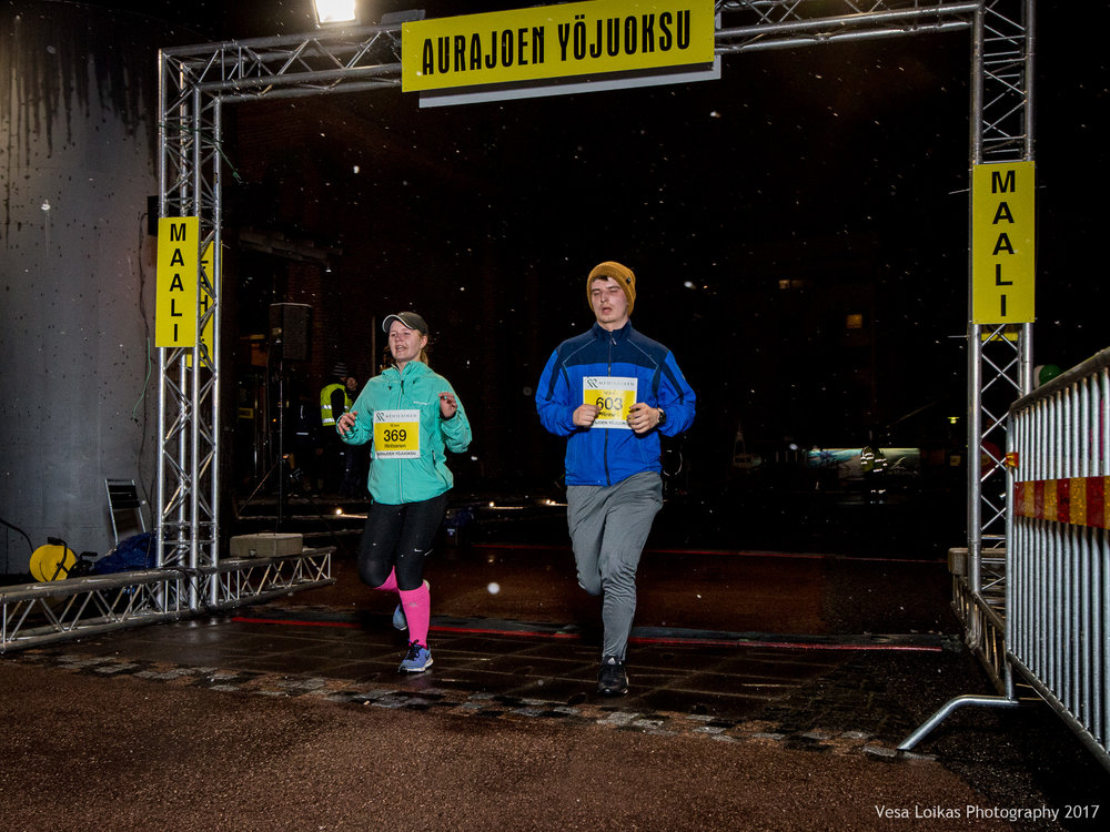 117_Aurajoen_Yojuoksu-2017_FINISH_photo_VESA_LOIKAS_PHOTOGRAPHY.jpg