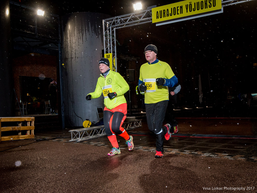 122_Aurajoen_Yojuoksu-2017_FINISH_photo_VESA_LOIKAS_PHOTOGRAPHY.jpg