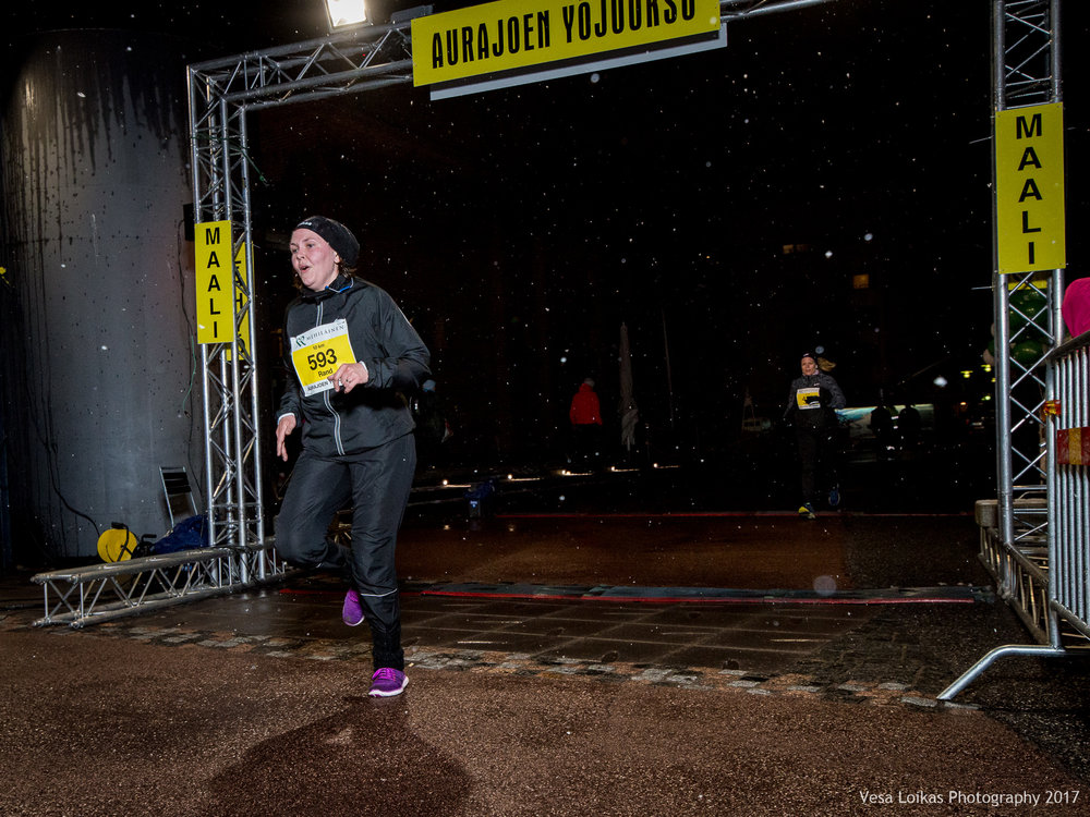125_Aurajoen_Yojuoksu-2017_FINISH_photo_VESA_LOIKAS_PHOTOGRAPHY.jpg