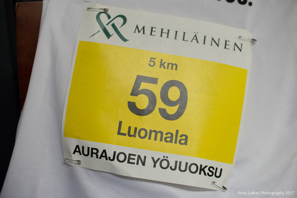 017_Aurajoen_Yojuoksu-2017_PRERACE_photo_VESA_LOIKAS_PHOTOGRAPHY.jpg