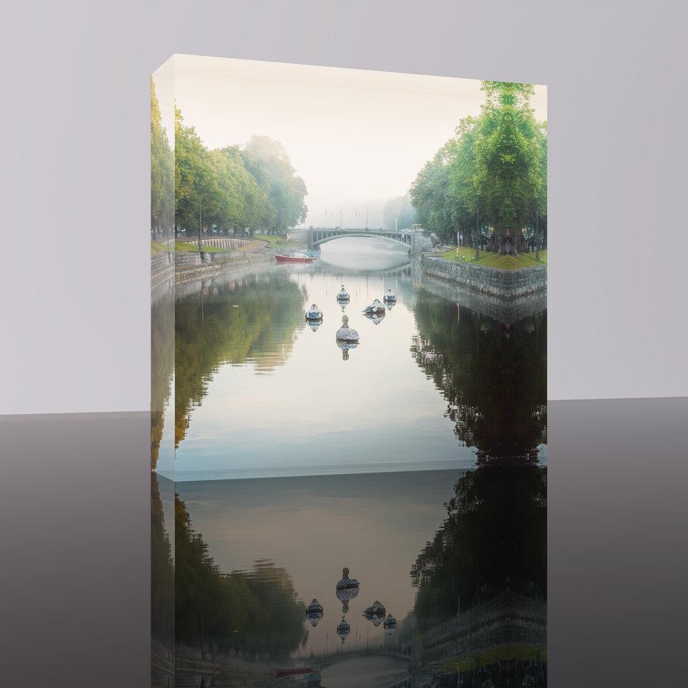 SEPTEMBER MORNING | AURA RIVER, TURKU, FINLAND Acrylic Block Size: 20 L x 20 K x 3 S [cm] #1/30