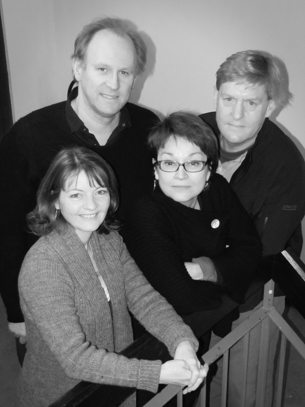 Peter Davison, Mark Strickson, Janet Fielding, Sarah Sutton.