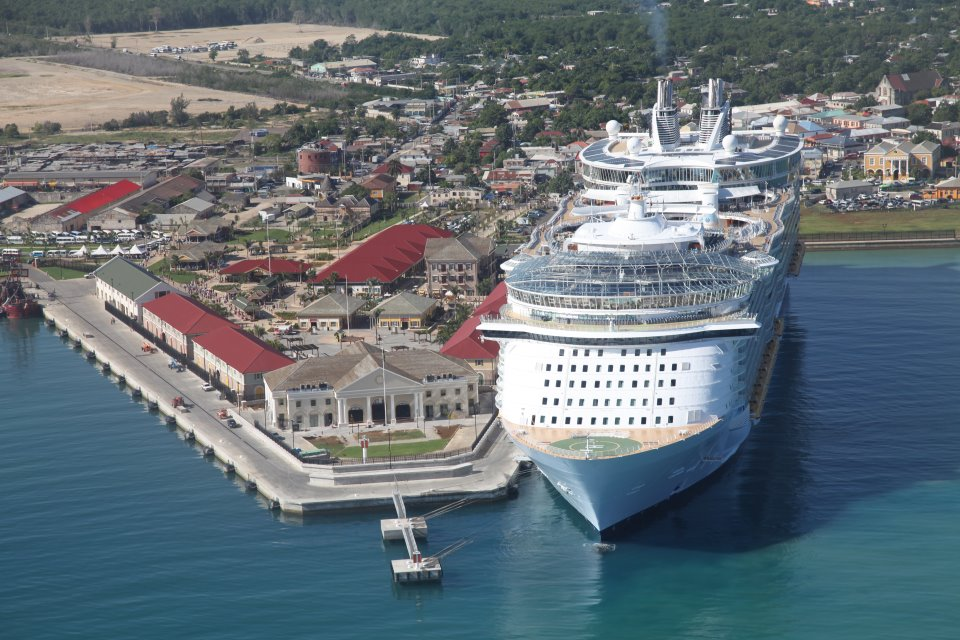 Aerial of port and Oasis of the Seas
