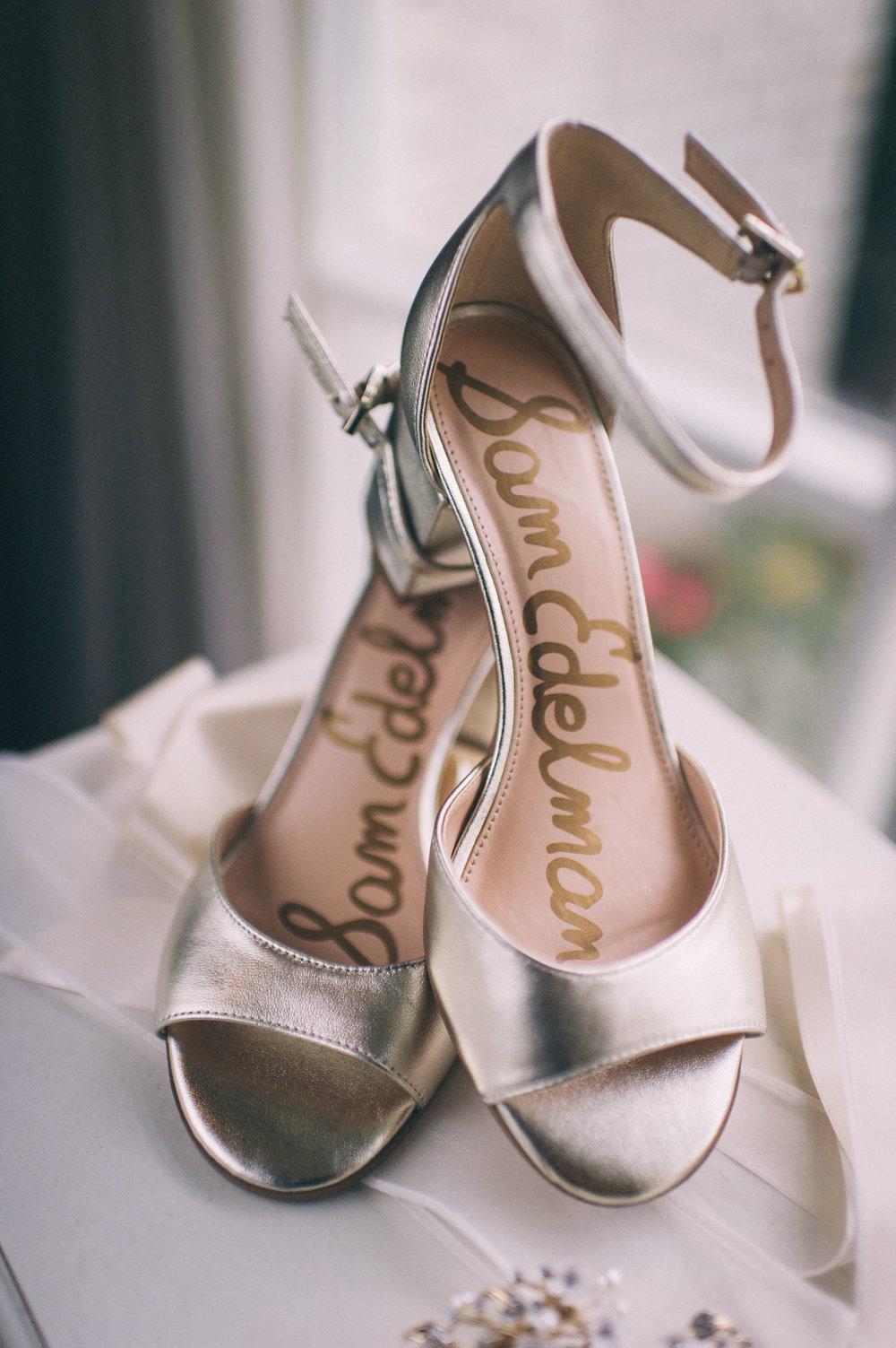 Micaha & Austin // Cozy Autumn Wedding at Springhouse Gardens // Lexington, Kentucky // Wedding Photography // Shoes // Sam Edelman