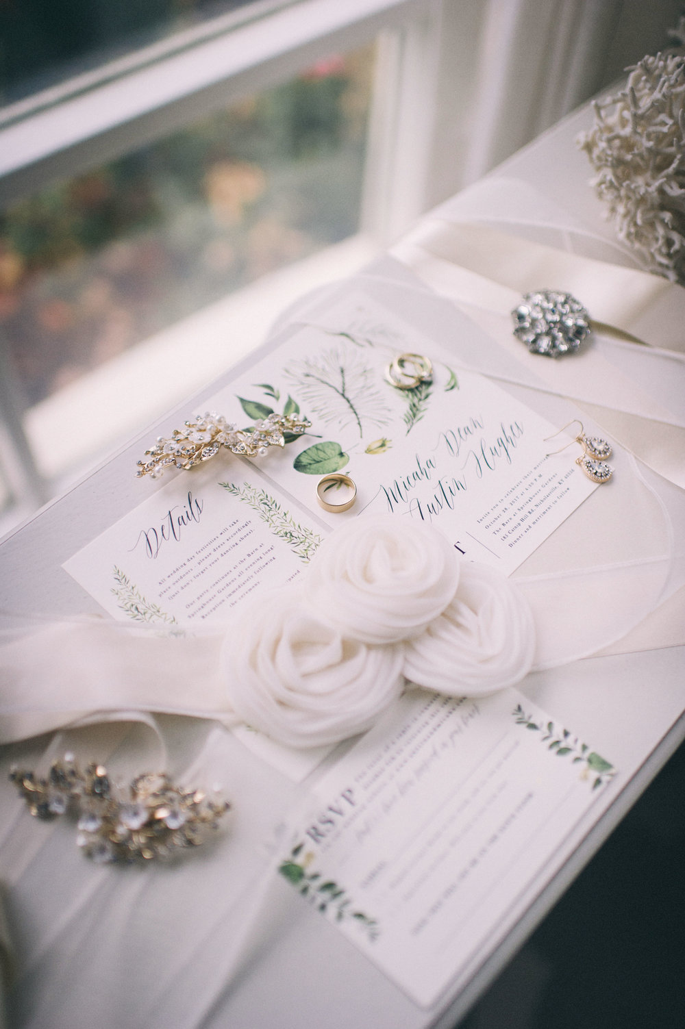 Micaha & Austin // Cozy Autumn Wedding at Springhouse Gardens // Lexington, Kentucky // Wedding Photography // Invitation and Details