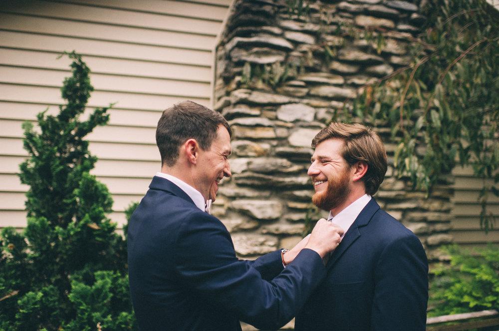 Micaha & Austin // Cozy Autumn Wedding at Springhouse Gardens // Lexington, Kentucky // Wedding Photography // Groom Getting Ready