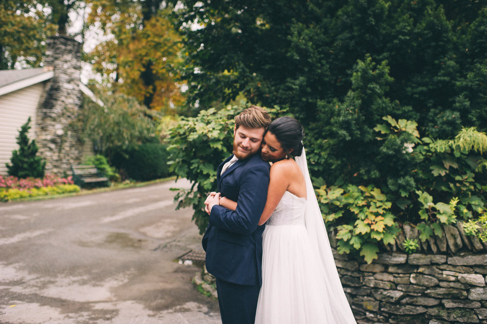 Micaha & Austin // Cozy Autumn Wedding at Springhouse Gardens // Lexington, Kentucky // Wedding Photography // First Look