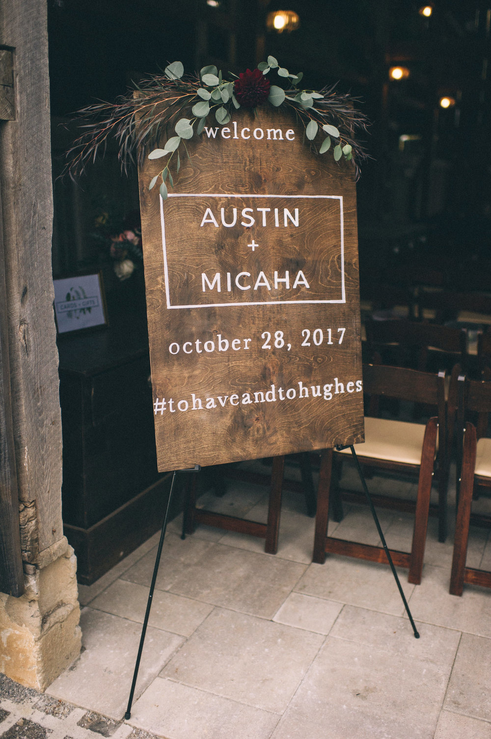 Micaha & Austin // Cozy Autumn Wedding at Springhouse Gardens ...
