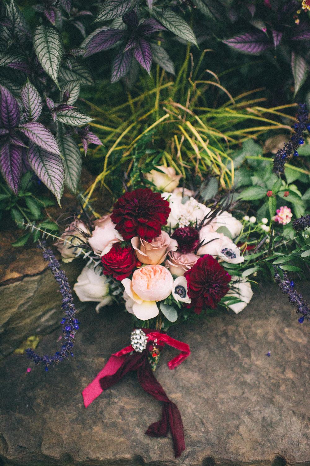 Micaha & Austin // Cozy Autumn Wedding at Springhouse Gardens // Lexington, Kentucky // Wedding Photography // Bouquet