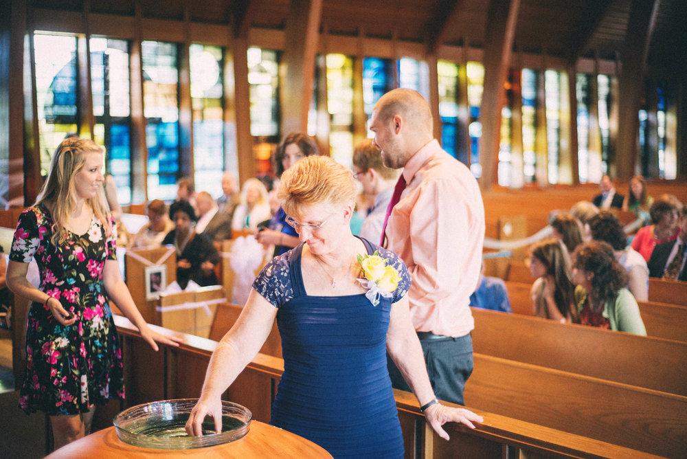 Jenna-Patrick-Garden-Court-Presbyterian-Seminary-Wedding-Louisville-Kentucky-Sarah-Katherine-Davis-Photography-4.jpg