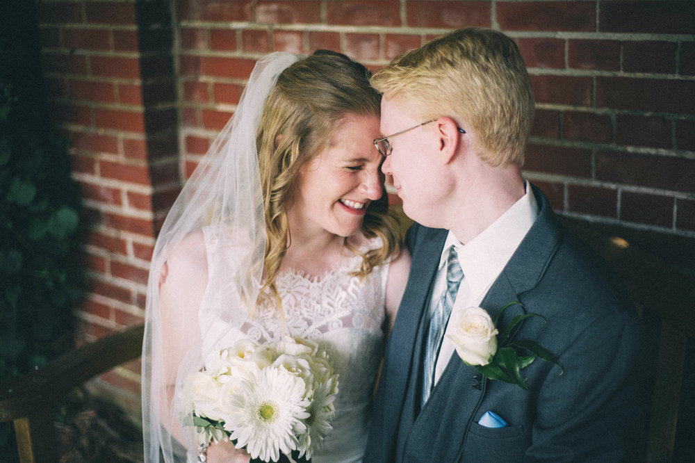 Jenna-Patrick-Garden-Court-Presbyterian-Seminary-Wedding-Louisville-Kentucky-Sarah-Katherine-Davis-Photography-38.jpg