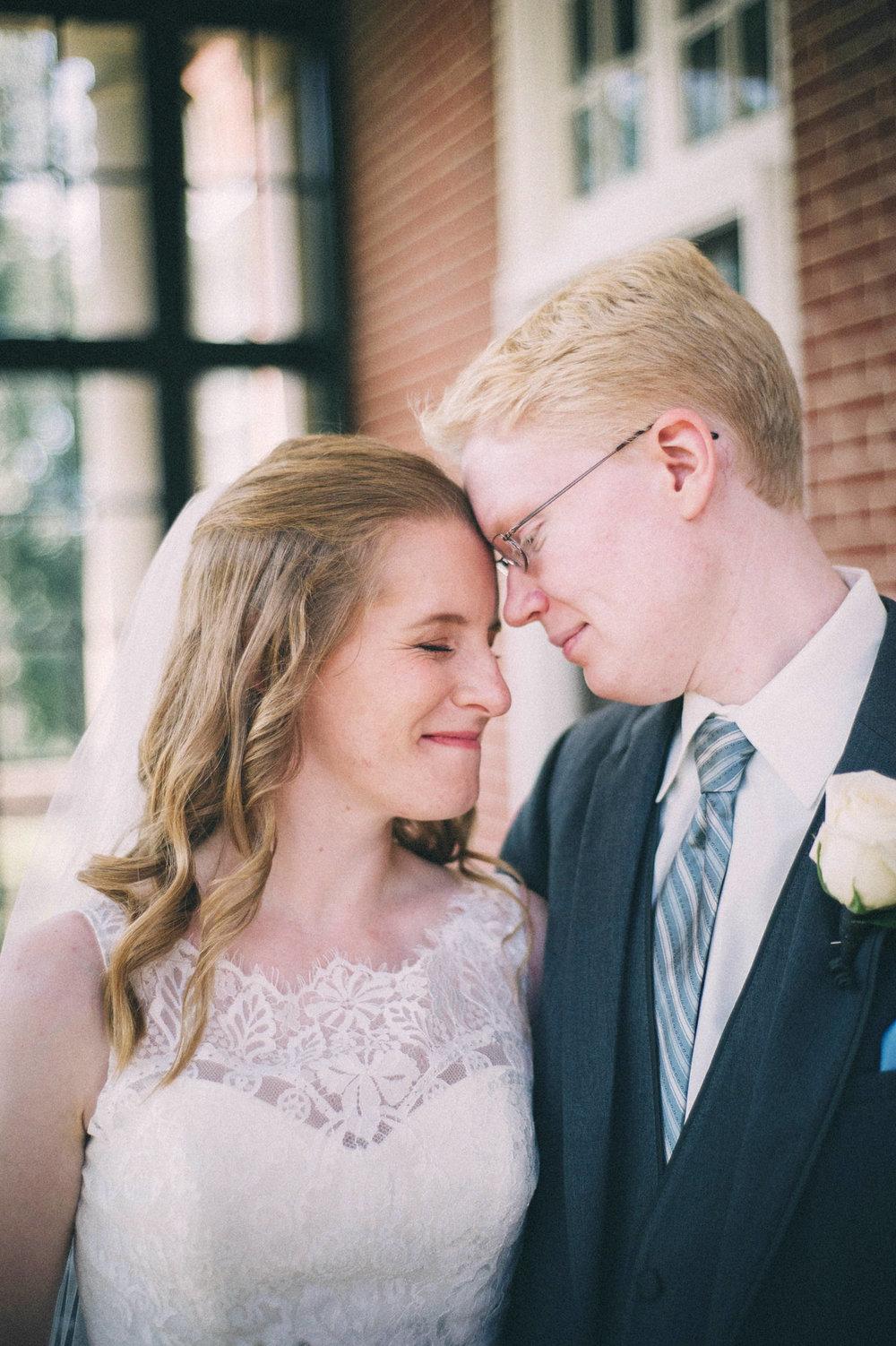 Jenna-Patrick-Garden-Court-Presbyterian-Seminary-Wedding-Louisville-Kentucky-Sarah-Katherine-Davis-Photography-62.jpg