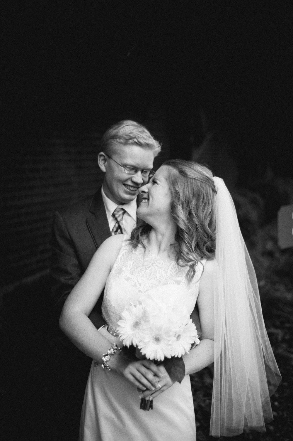 Jenna-Patrick-Garden-Court-Presbyterian-Seminary-Wedding-Louisville-Kentucky-Sarah-Katherine-Davis-Photography-51.jpg