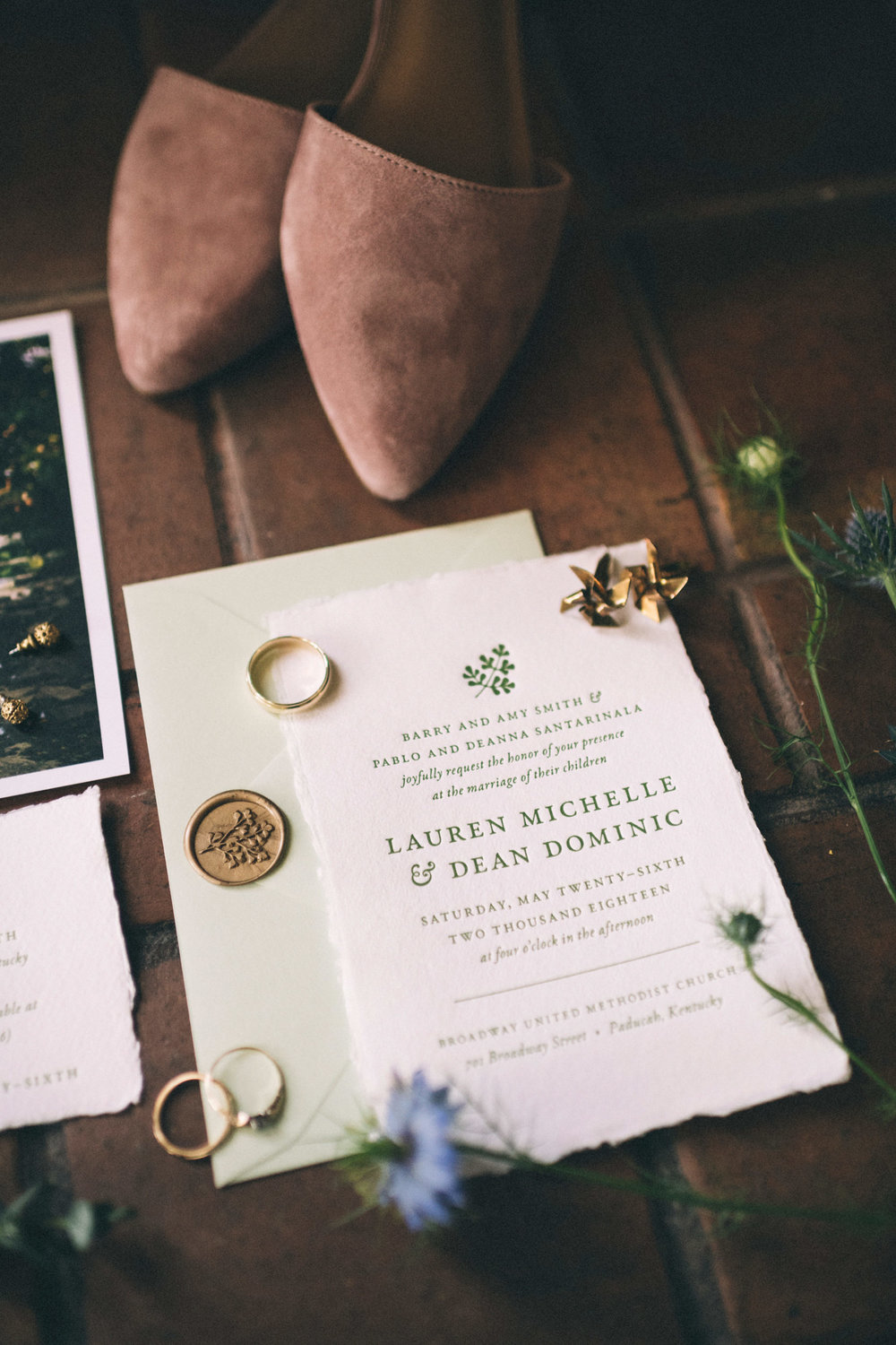 lauren-dean-wedding-grand-lodge-kentucky-sarah-katherine-davis-photography-invitation-details