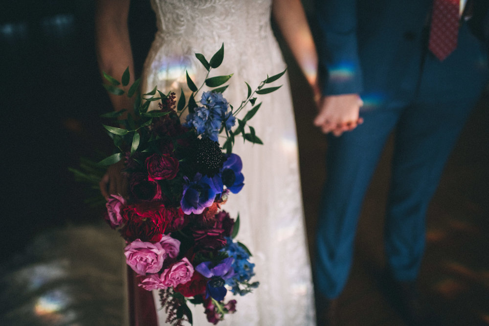 Louisville-Kentucky-Wedding-and-Elopement-Photographer-Sarah-Katherine-Davis-Photography-Summer-Jewel-Toned-Wedding-Chineese-Tea-Ceremony-Warrenwood-Manor-Danville-416.jpg