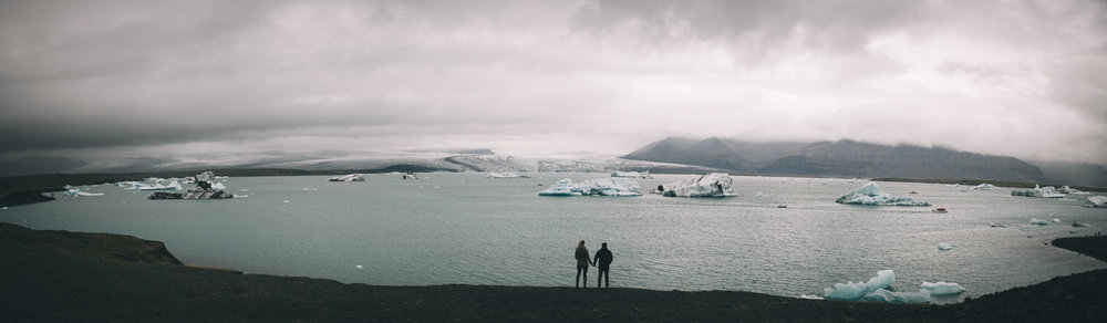 Sarah-Katherine-Davis-Photography-Iceland-Adventure-Elopement-Photographer-Louisville-Kentucky-Wedding-Photographer-Travel-Vik-Beach-Engagement-Session-Cozy-Iceland-South-Coast-389edit.jpg