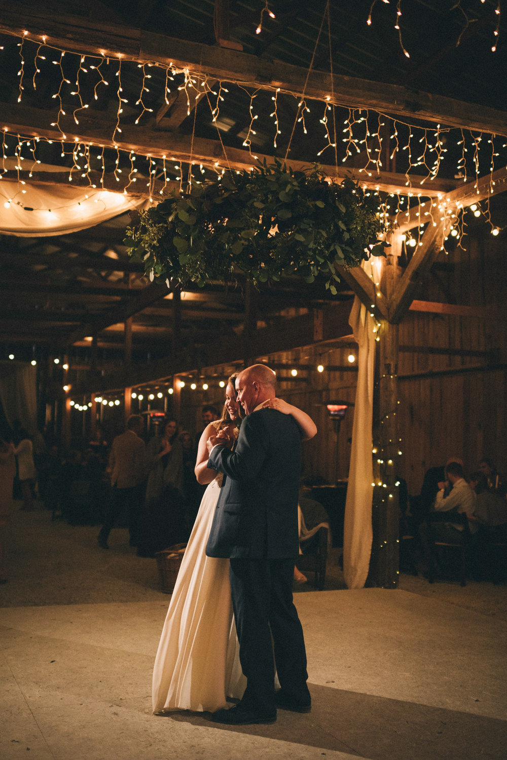 Maggie-Corey-Fall-Wedding-Barn-At-Twin-Lakes-Louisville-By-Kentucky-Wedding-Elopement-Photographer-Sarah-Katherine-Davis-Photography-768edit.jpg