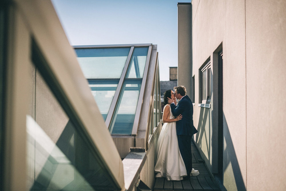 21c Louisville Rooftop Wedding by Sarah Katherine Davis Photography