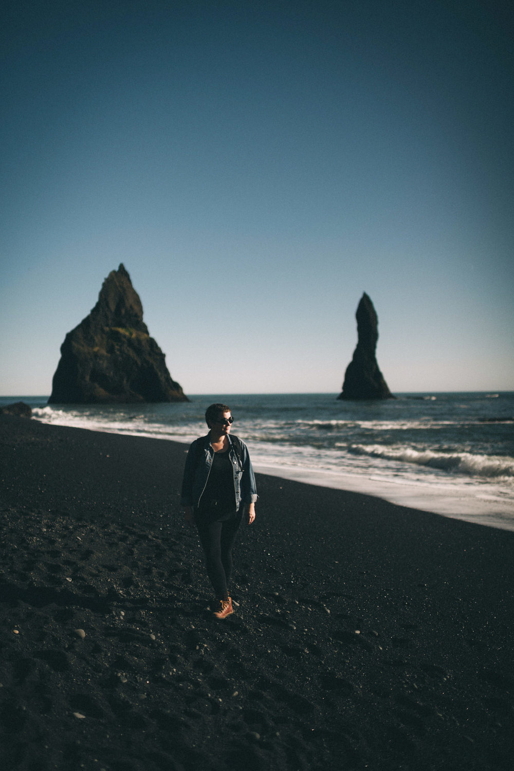 Sarah-Katherine-Davis-Photography-Iceland-Adventure-Elopement-Photographer-Louisville-Kentucky-Wedding-Photographer-Travel-Vik-Beach-Engagement-Session-Cozy-Iceland-South-Coast-393edit.jpg