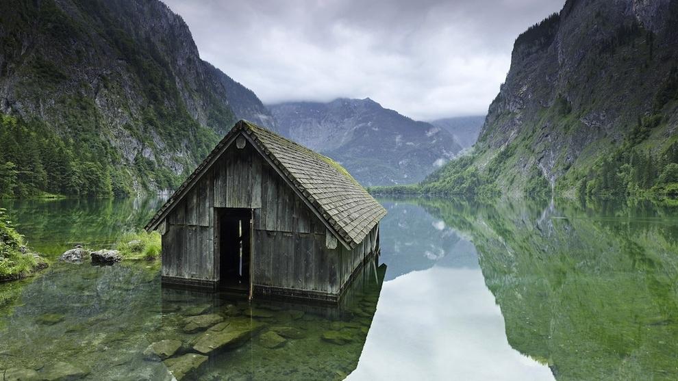 Fishing hut.jpg