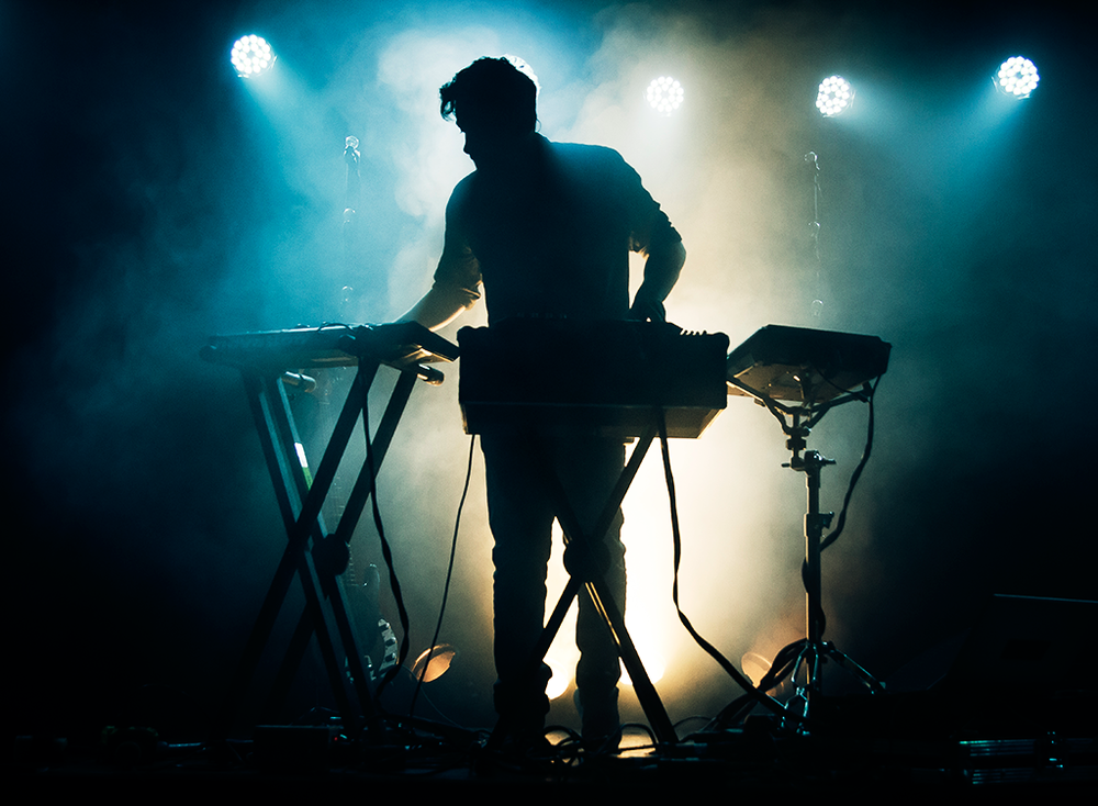 Bonobo live at The Glass House in Pomona during his North Borders tour. Image taken from the1point8