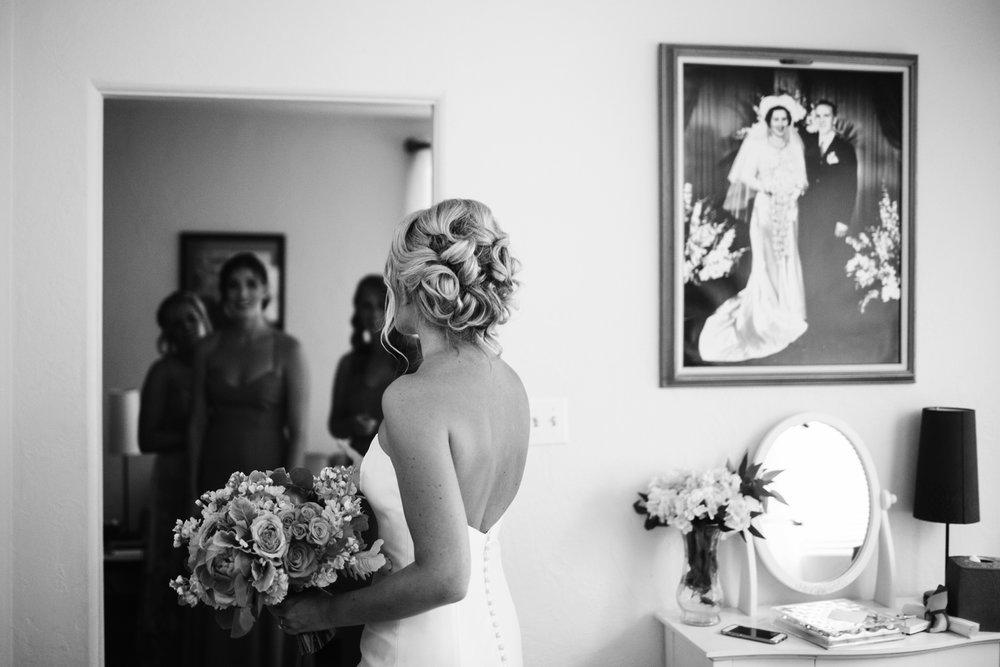 014-daronjackson-gabby-alec-wedding.jpg
