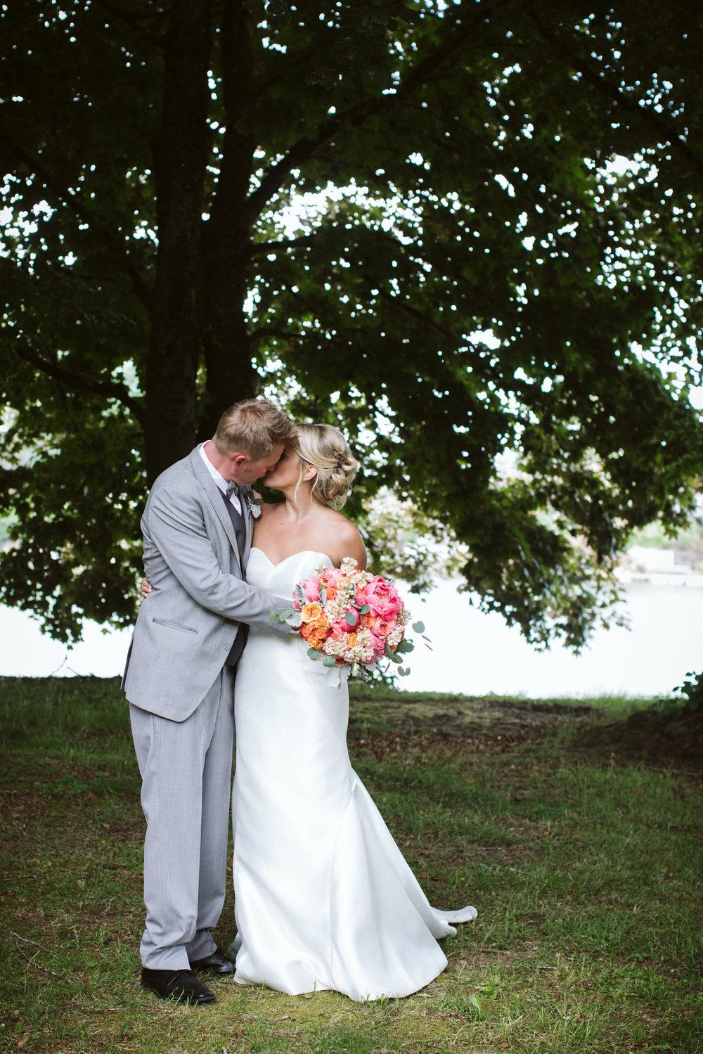 106-daronjackson-gabby-alec-wedding.jpg