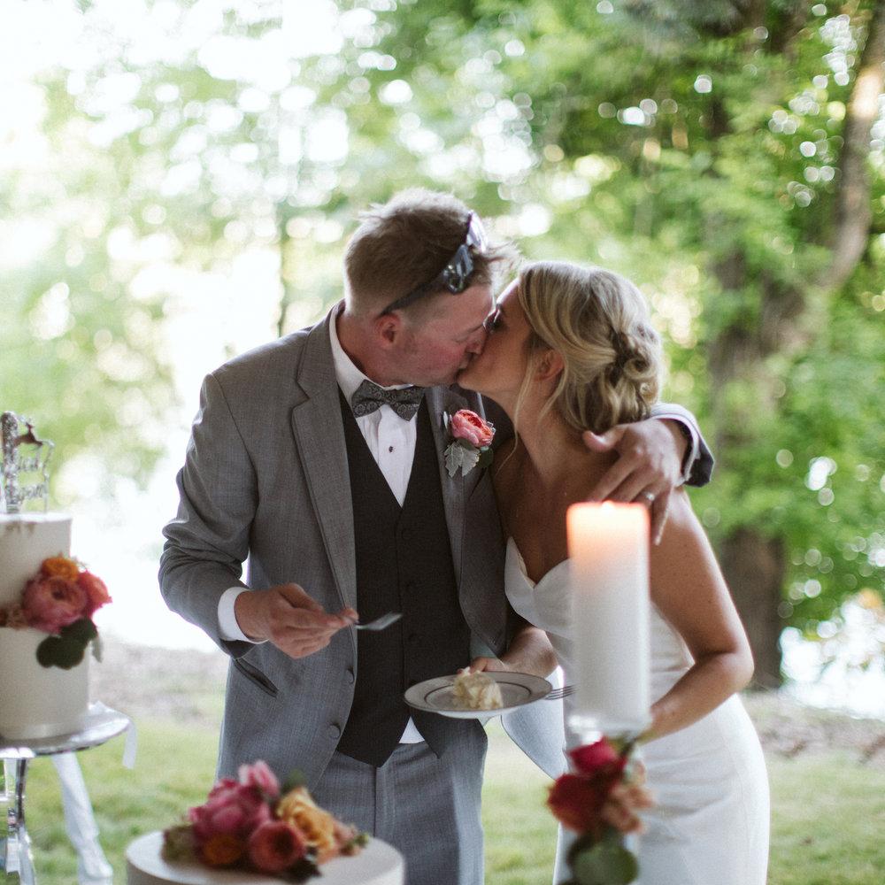 158-daronjackson-gabby-alec-wedding.jpg
