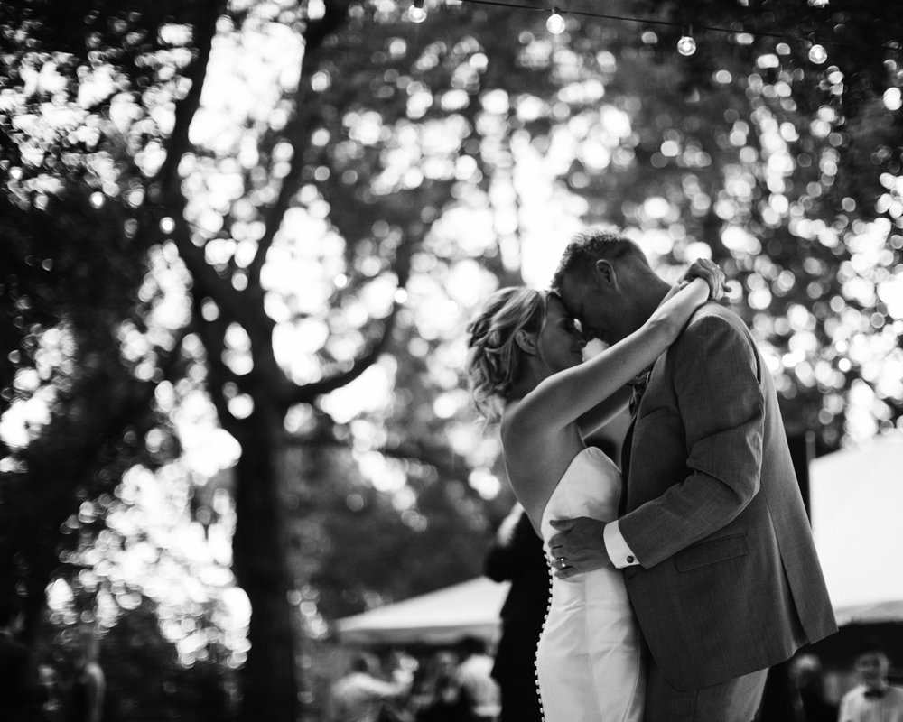 185-daronjackson-gabby-alec-wedding.jpg