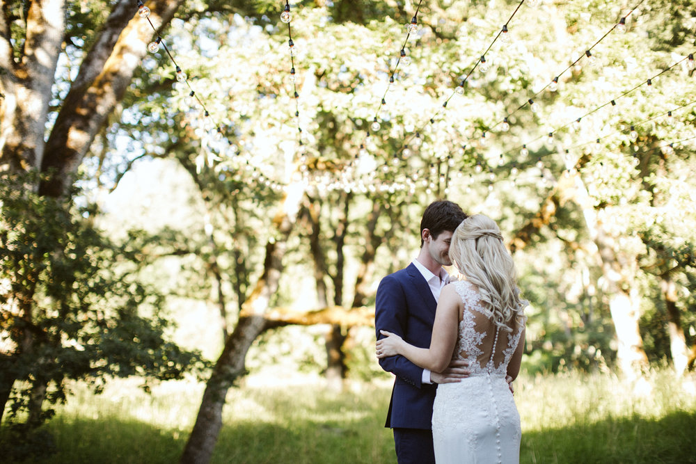 106-daronjackson-rachel-michael-wedding-mtpisgah.jpg