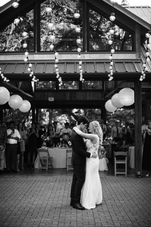 107-daronjackson-rachel-michael-wedding-mtpisgah.jpg