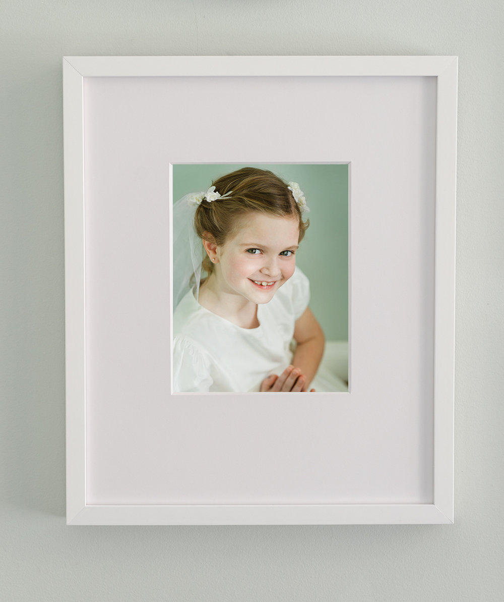 Headshot, Frames, Photography, Photo, Distressed Frames, Kids, Nicole Thomas Photography, Chicago, Glenview, Beach Images, Custom Framing, Large Family, Frames, Custom Framing, Artwork for your home, Portraits, Museum Glass, UV Glass, Images, Larson Juhl