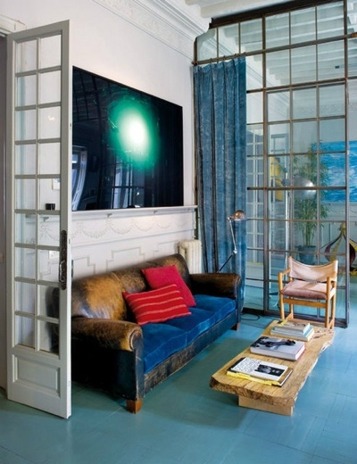 Home of interior stylist Jaime Lacasa. Photographed by P. Zuloaga for Elle Decoration Spain