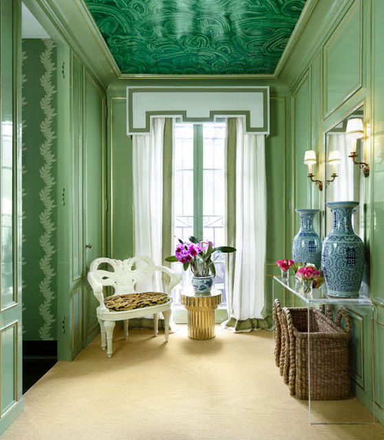Interior designer Shelley Johnstone Paschke designed the lounge and powder room for the 15th biennial Lake Forest Showhouse