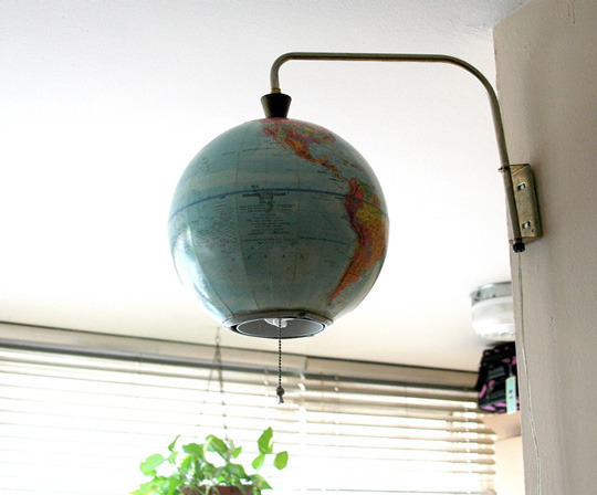 housetourglobes03_rect540.jpg