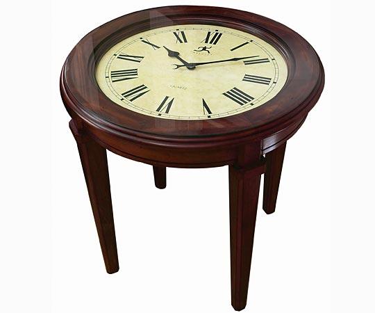 Clock Table Branche