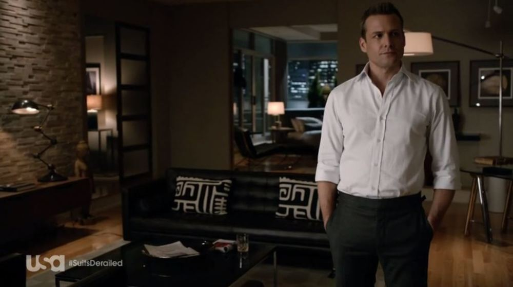 Suits: Season 4 - Harvey's slick bachelor pad