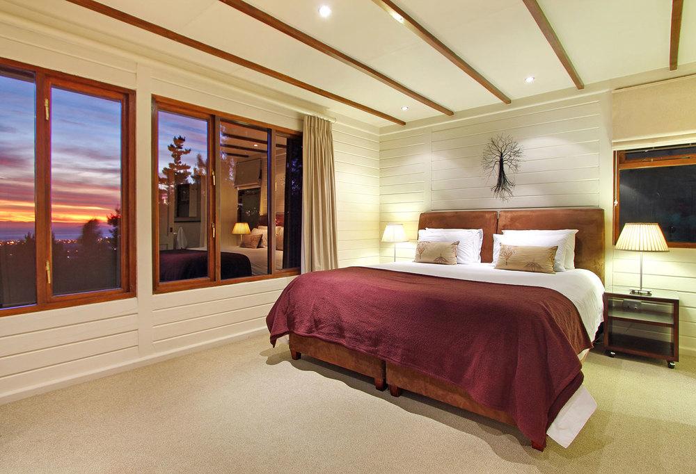 Lalapanzi-Lodge-Ezantsi.jpg