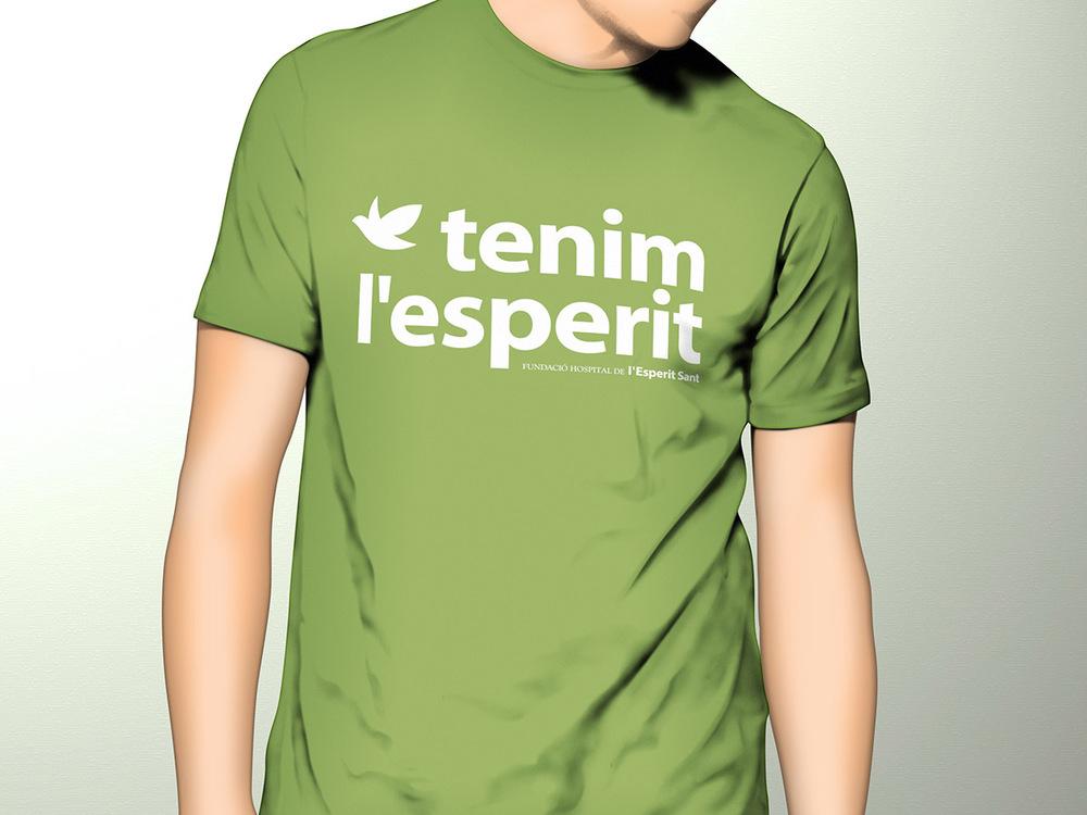 FHES. T-shirt Tenim l'esperit