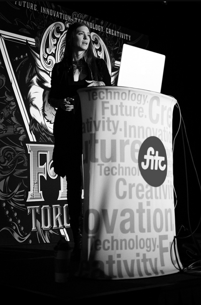 I pirated this photo from the  FITC Flickr ! Look-it, mom! It's me, on a stage!