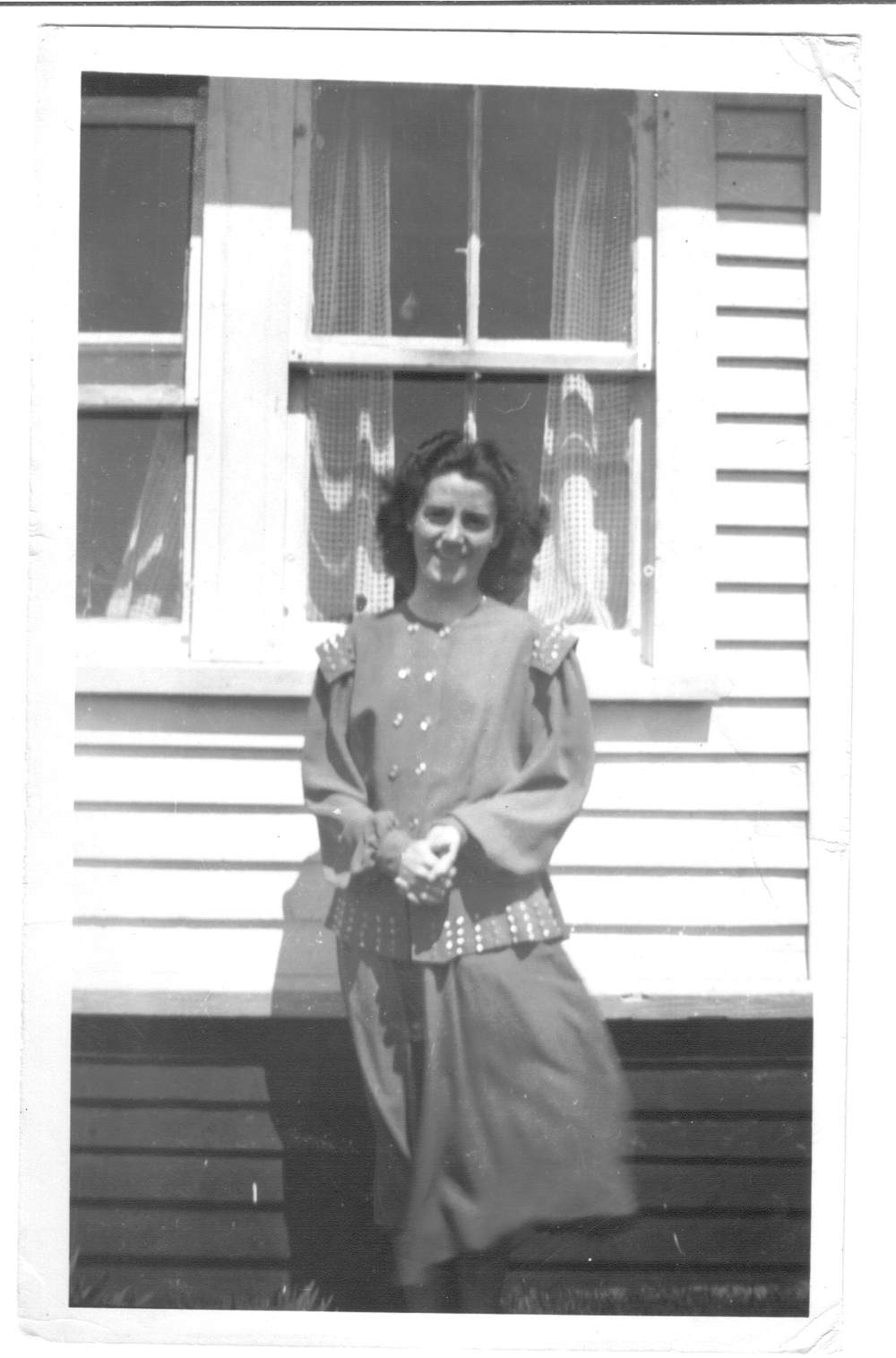 Newfoundland - Zilda Sulley in St. Anthony 2.jpg