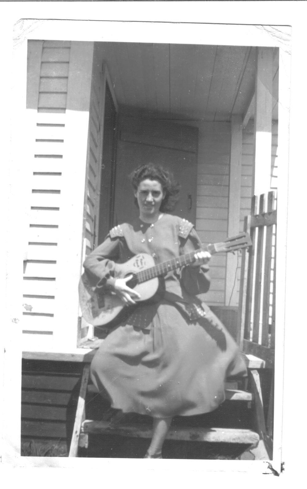 Newfoundland - Zilda Sulley in St. Anthony 1.jpg