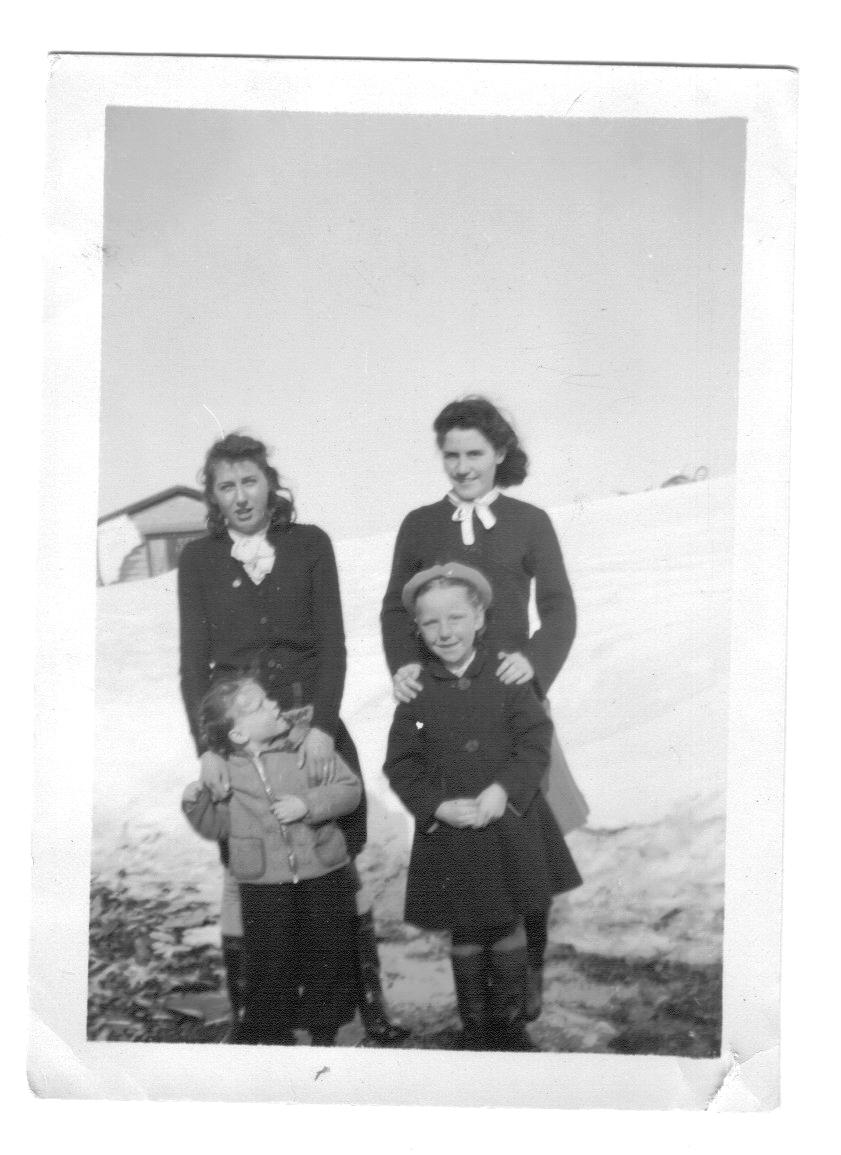 Newfoundland - Ruby Hillier, Liona Sulley, Zilda Sulley, Gloria Sulley.jpg