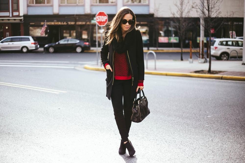All black + Sweater 3.jpg