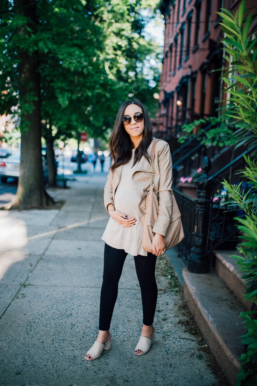 Neutral Maternity Look 1.jpg
