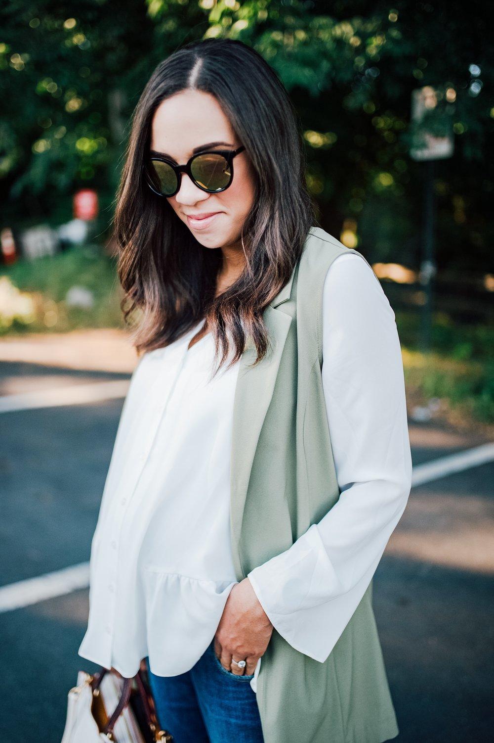 Flowy Maternity Top + Boyfriend Jeans 1.jpg