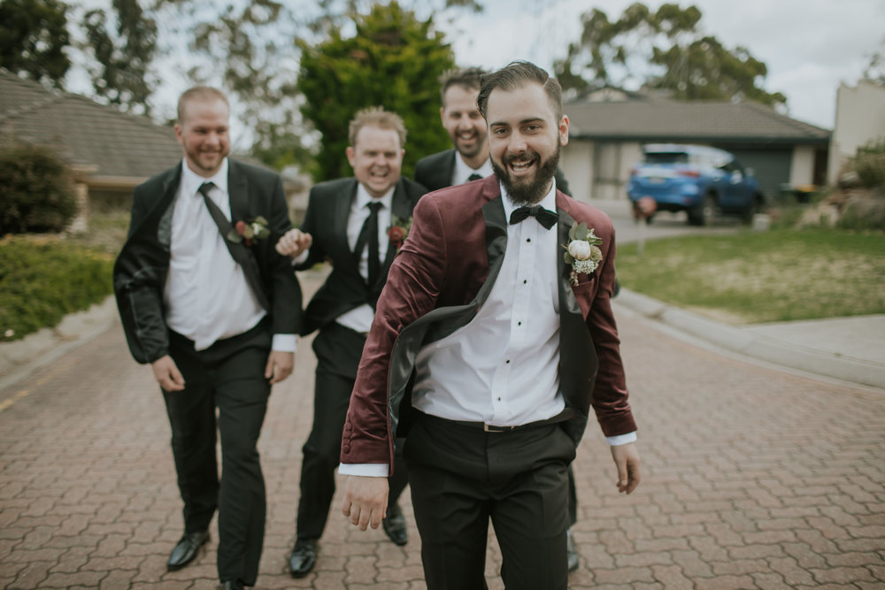 Travis-Benny-Weddings-Adelaide-wedding-photographer-Alia-Levi-1.jpg