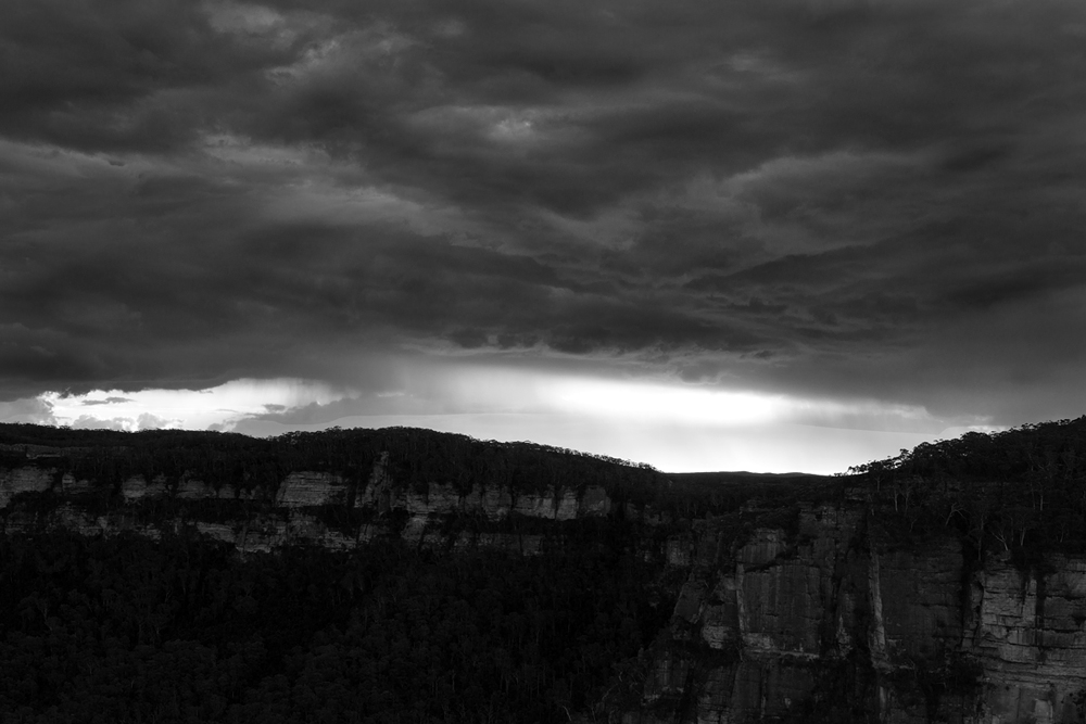 western sunset bw 7540.jpg