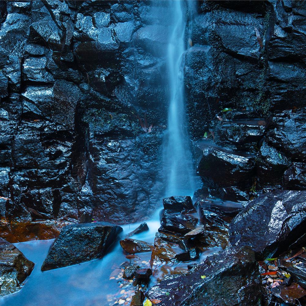 mt wilson waterfall square 9005.jpg